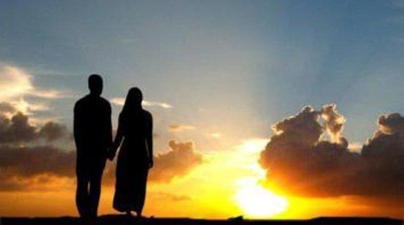 Istri-Sholehah-Taat-pada-Suami
