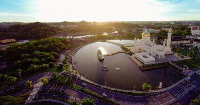 Omar-Ali-Saifuddin-Mosque