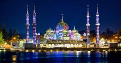 Cristal_Mosque_in_Terengganu