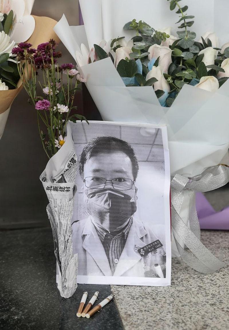 Karangan-Bunga-Penghormatan-Terakhir-Dokter-Li-Wenliang-10