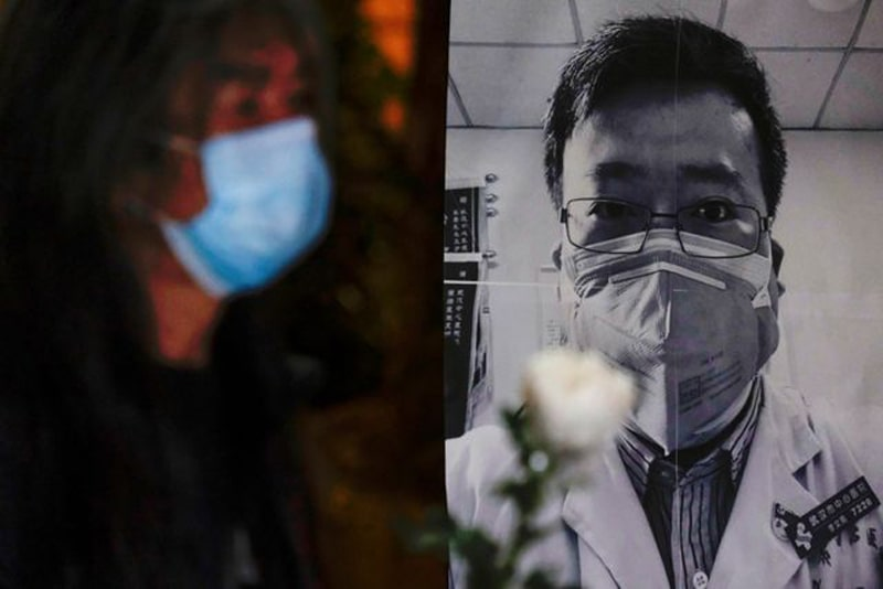 Karangan-Bunga-Penghormatan-Terakhir-Dokter-Li-Wenliang-9