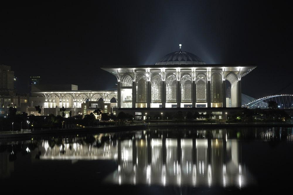 Masjid-Tuanku-Mizan-Zainal-Abidin-3
