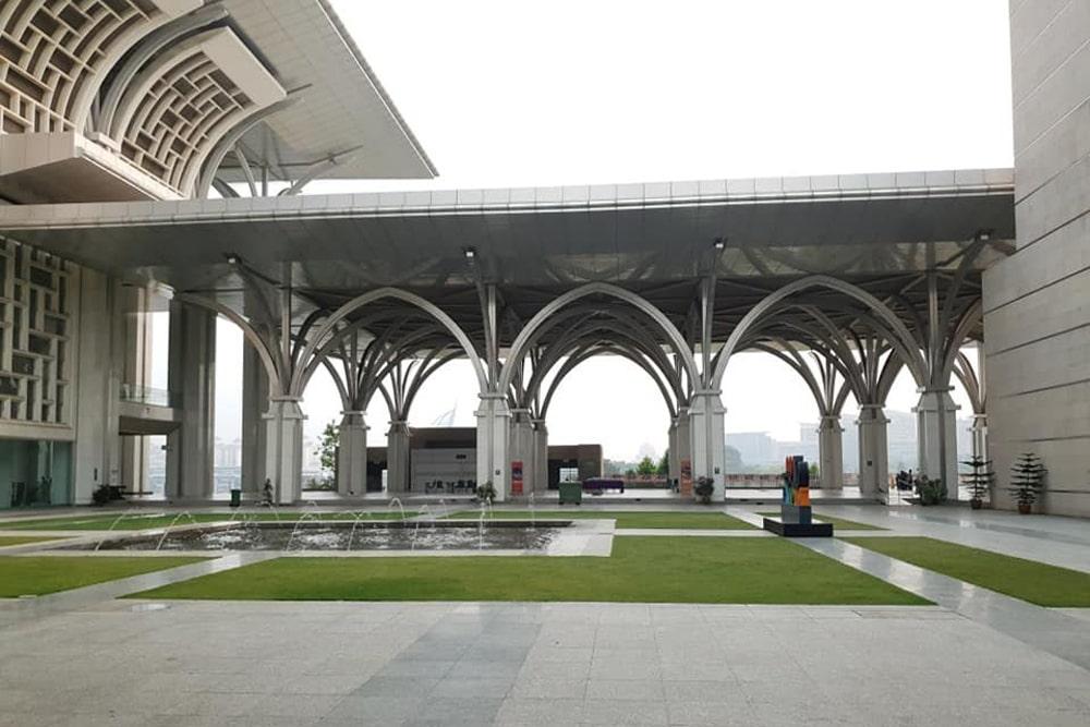 Masjid-Tuanku-Mizan-Zainal-Abidin-4