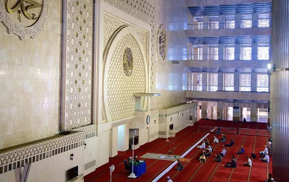 Masjid-Istiqlal-Jakarta-Indonesia-10