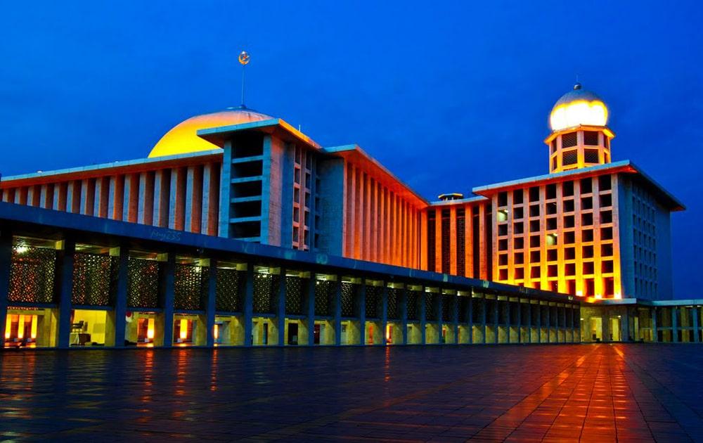 Masjid-Istiqlal-Jakarta-Indonesia-4