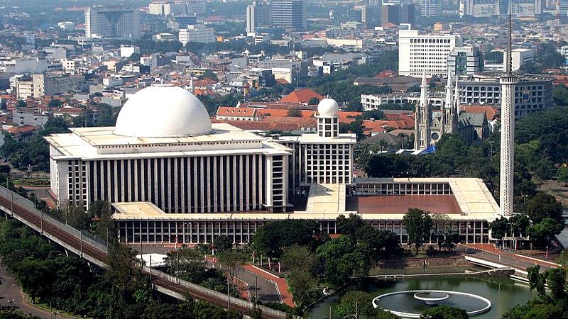Masjid-Istiqlal-Jakarta-Indonesia